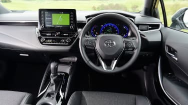 Toyota Corolla Touring - interior