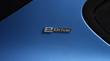 BMW 225xe Active Tourer - badge