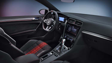 Volkswagen Golf GTI TCR - cabin