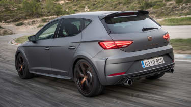 SEAT Leon Cupra R - rear