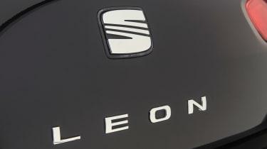 Used SEAT Leon Mk2 - Leon badge