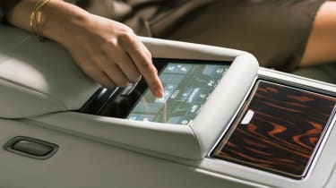 Lexus LS review - touchscreen