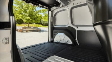 Renault Kangoo Z.E. - rear doors open