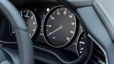 Mazda CX-30 - instrument binnacle