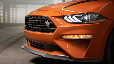 Ford Mustang High Performance Package - grille
