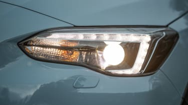 Subaru XV - front light