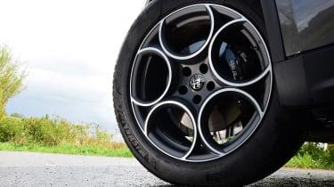 Alfa Romeo Stelvio Nero Edizione - wheel