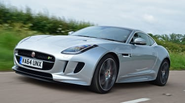 Jaguar F-Type R AWD - front tracking