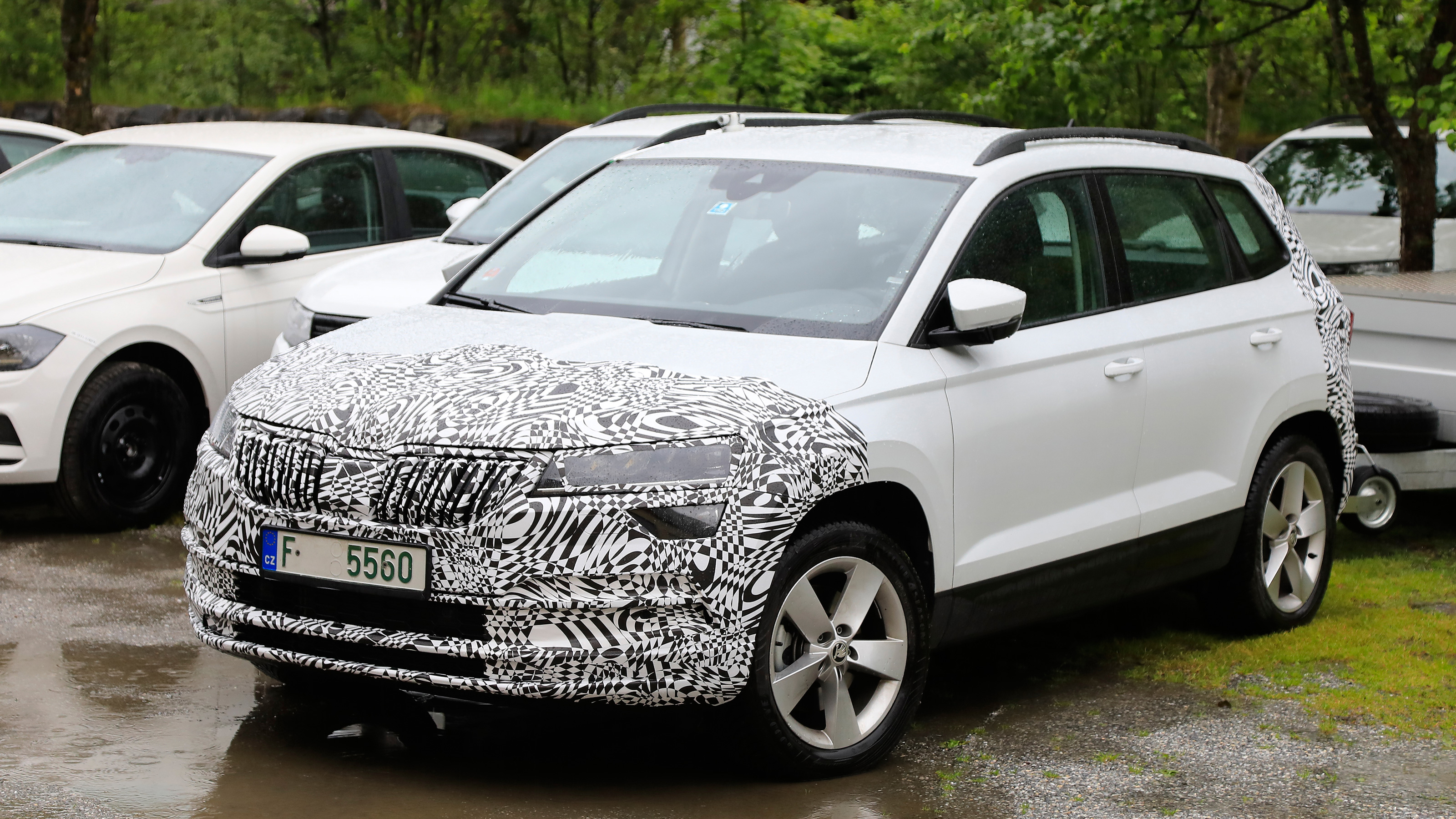 Facelifted Skoda Karoq Spied Ahead Of Late 2020 Debut Auto Express