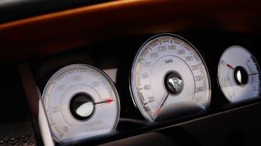 Rolls-Royce Dawn Black Badge - dials
