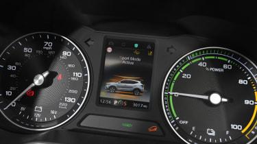 MG ZS EV - dials detail