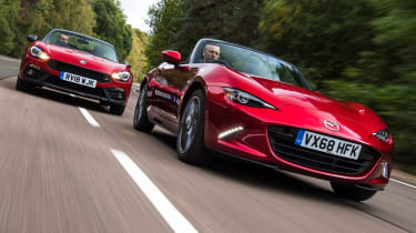 mazda mx5 vs abarth 124 spider twin test