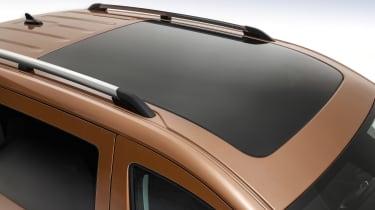 2020 Volkswagen Caddy - sunroof