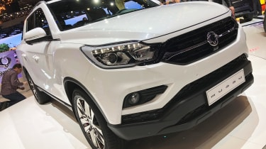 SsangYong Musso - front