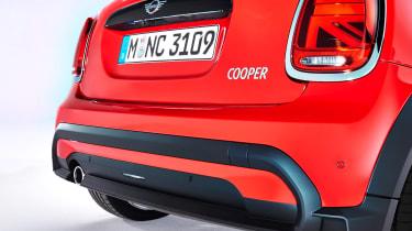 MINI 3-door hatch facelift - rear detail red