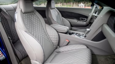 Bentley Continental Supersports 2017 - Moroccan Blue front seats