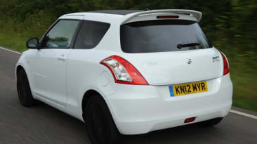 Suzuki Swift Attitude rear action