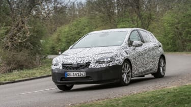 """<p class=""""p1""""><span class=""""s1"""">The new Astra is smaller than the current car - 9mm shorter and 26mm lower.</span></p>"""