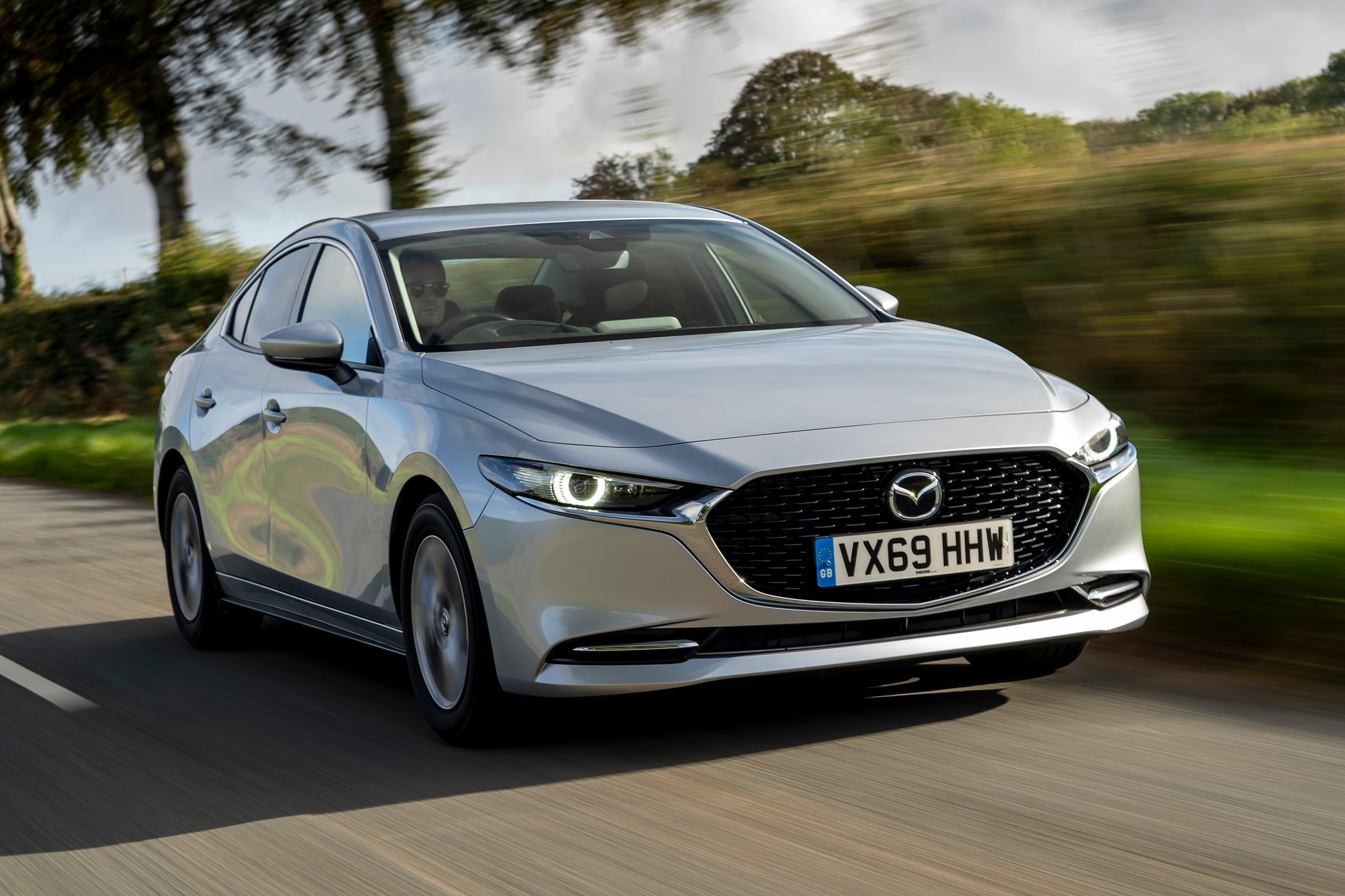 Officiële veiligheidsbeoordeling van de Mazda 3 2019 | 1600x2400