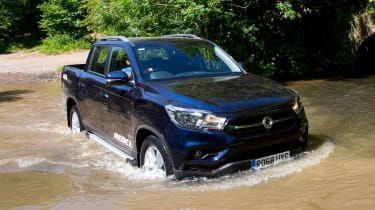 SsangYong Musso Rebel - off-road