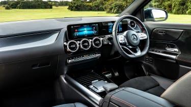 Mercedes GLA 250 e - dash