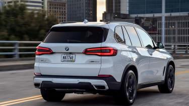 BMW X5 - Rear Tracking