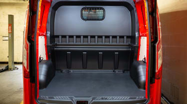 MS-RT Ford Transit Custom cargo space