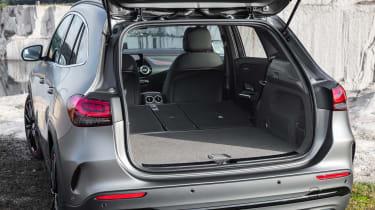 Mercedes GLA - boot seats down