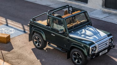 Overfinch Defender 90 - top
