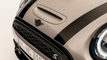 MINI 3-door hatch facelift - bonnet