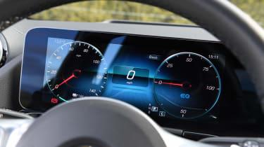 Mercedes EQA 250 - dials
