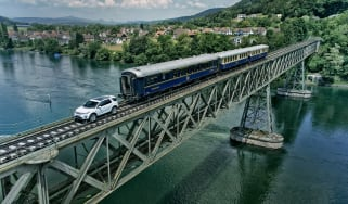 Land Rover Discovery Sport Train Pull