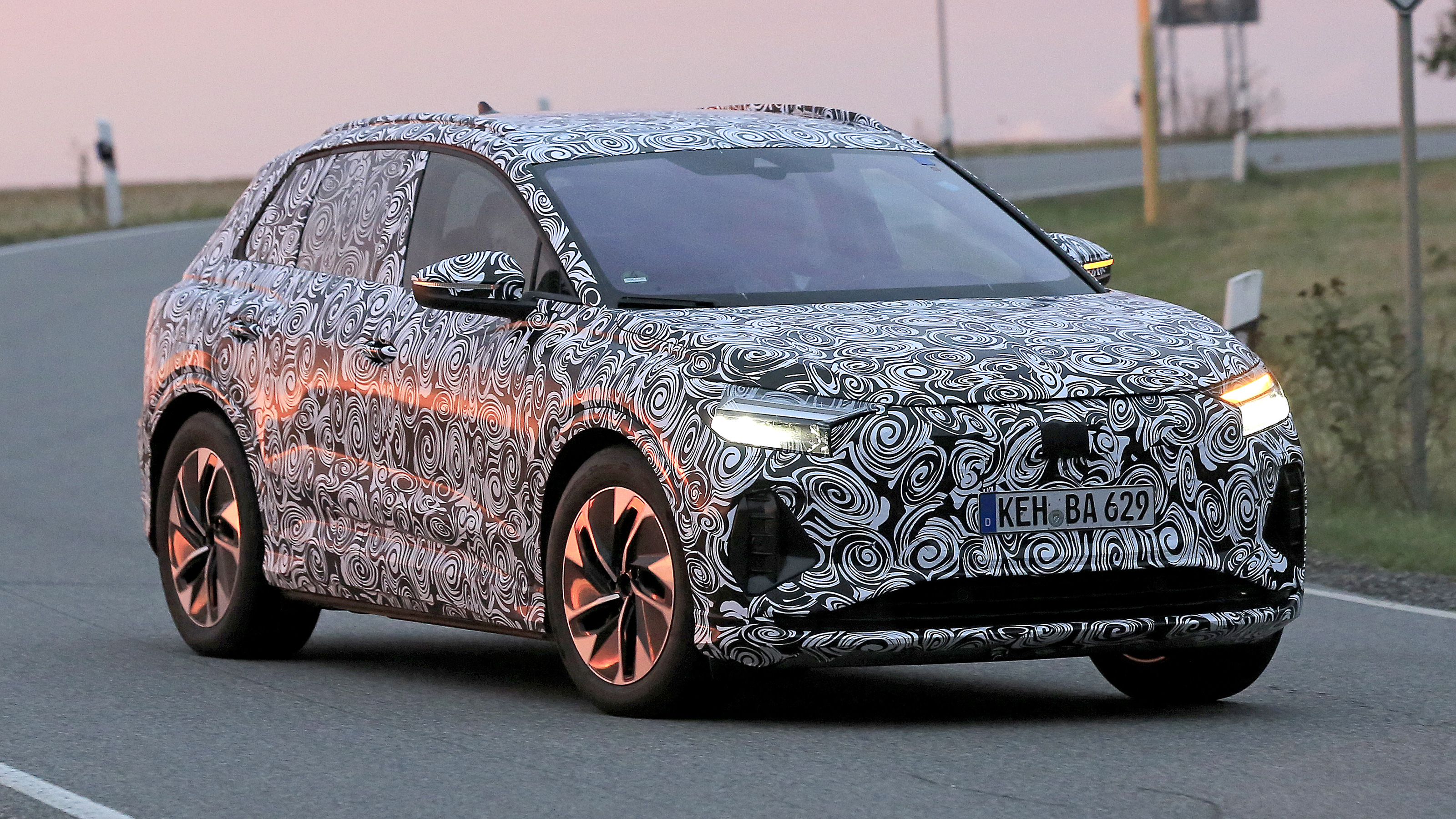Electric Audi Q4 e-tron spied ahead of winter launch ...