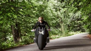BMW Motorrad Vision Next 100 front driving