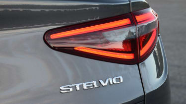 Alfa Romeo Stelvio - badge