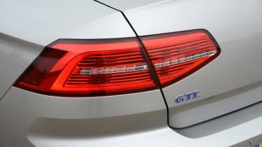 Volkswagen Passat GTE - rear light
