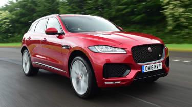 Jaguar F-Pace 3.0 V6D - front action