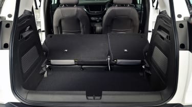 Vauxhall Crossland X folded seats studio