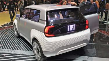 Fiat Centoventi Concept digital tailgate
