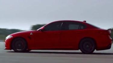 Alfa Romeo Giulia screen grab side
