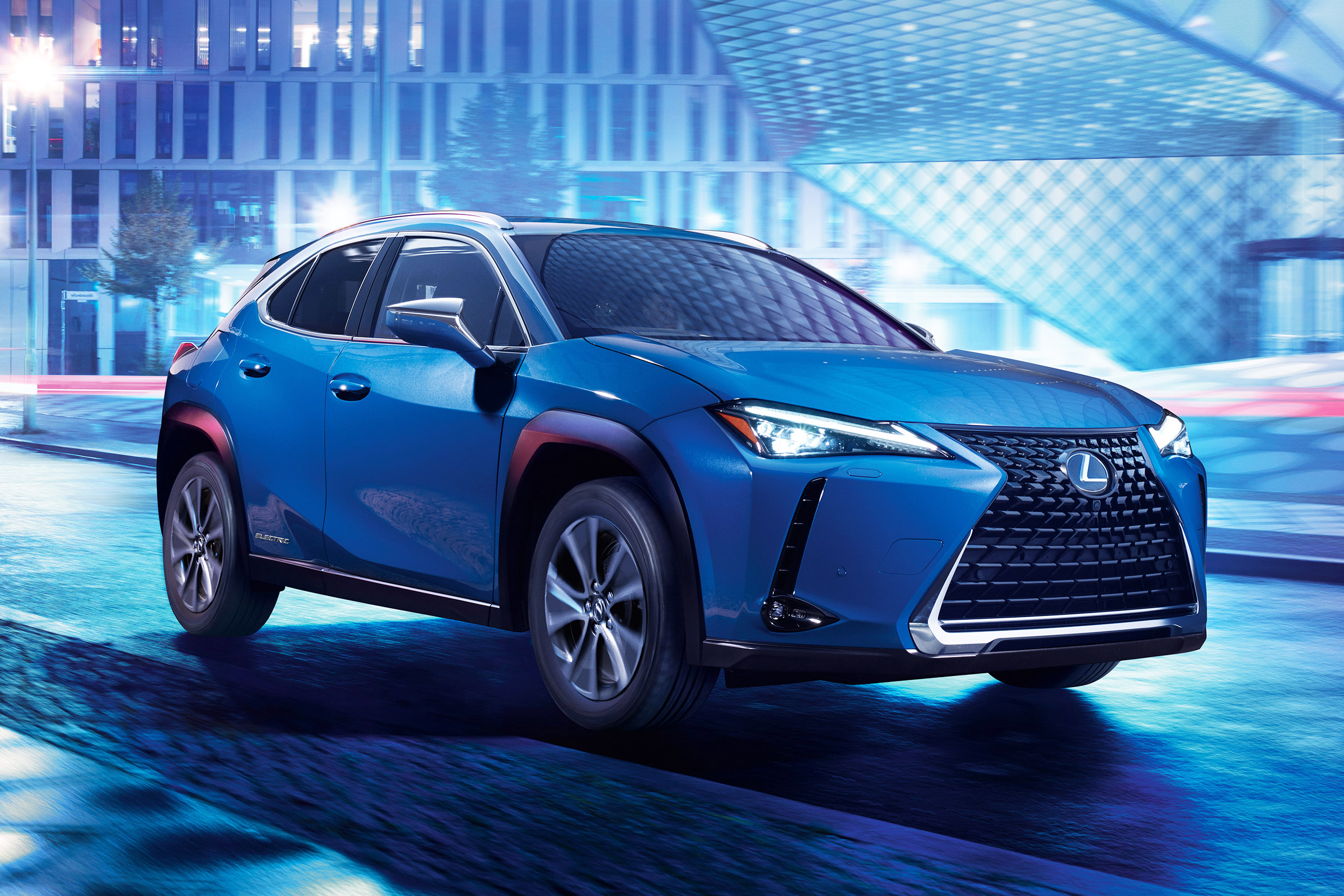 New 2021 Lexus Ux 300e Electric Suv On Sale Now With 196 Mile Range Auto Express