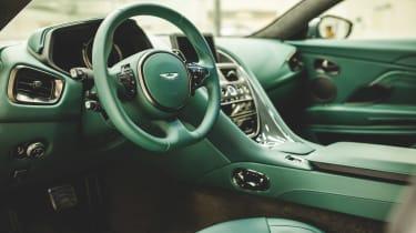 Aston martin DB11 Classic Driver Edition interior