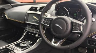 Jaguar XE 300 Sport - interior