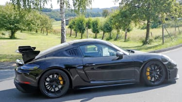 Porsche Cayman GT4 RS spy shots