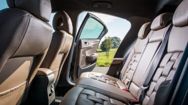 New DS 4 diesel UK drive rear seats