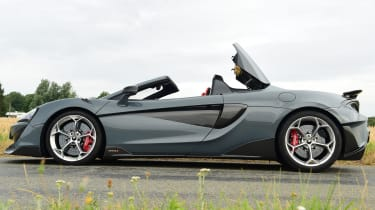 McLaren 600LT Spider - side static with roof going up