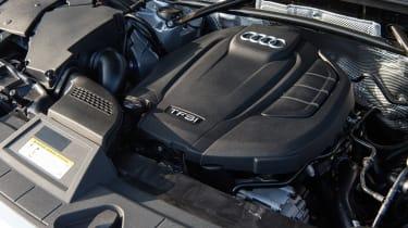 Audi Q5 - engine