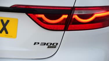 Jaguar XF facelift - rear badge