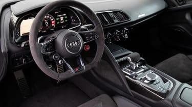 Audi R8 - dash