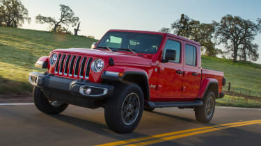 Jeep Gladiator - front action